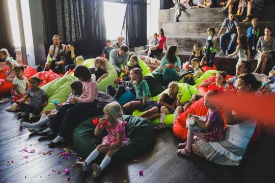 мягкие и уютные кресла мешки на фестивале Буу!Фест
